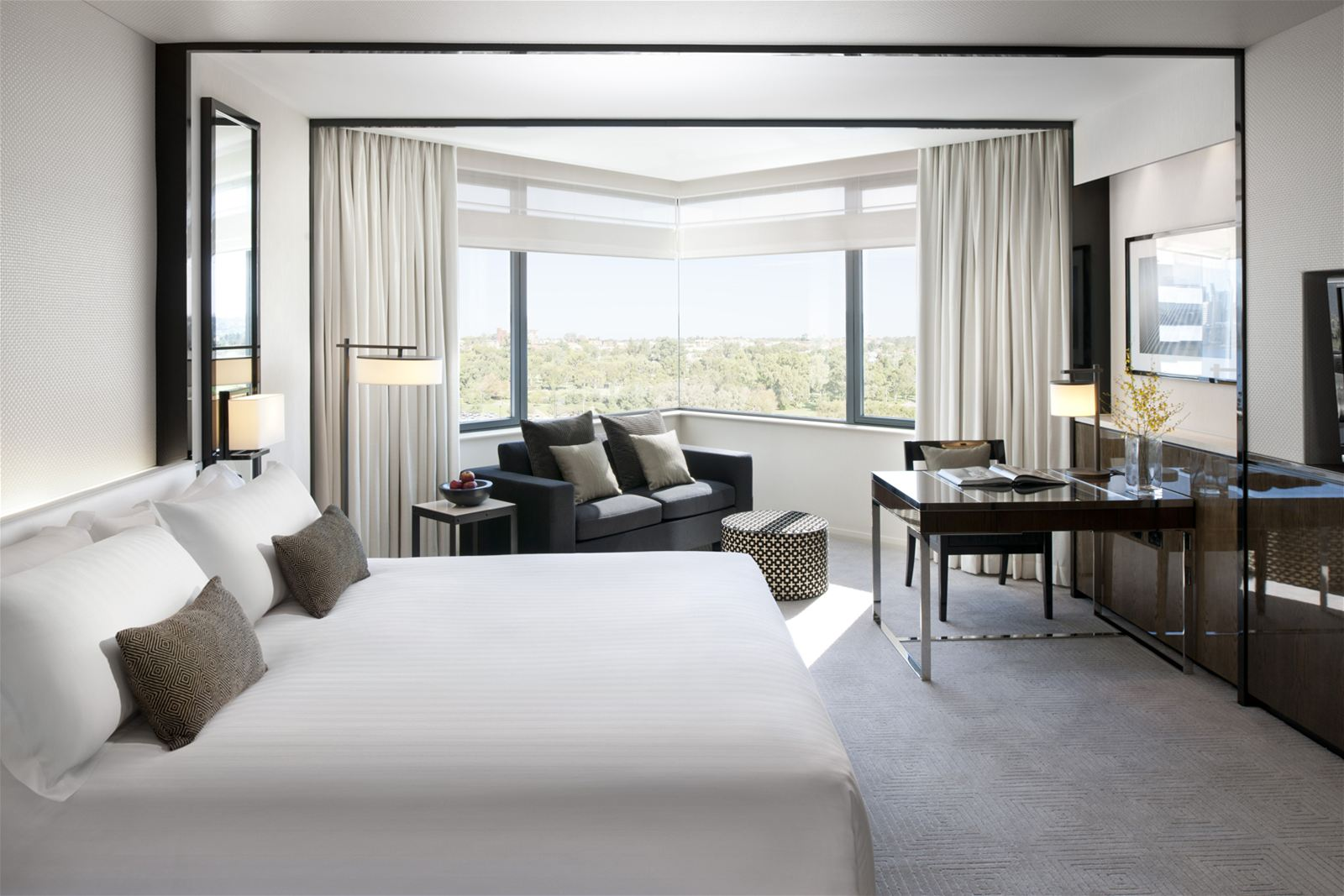 Crown Metropol Perth Luxe Package